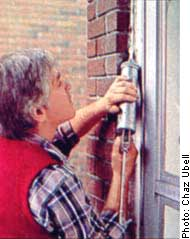 Image by Chaz Ubell: Window Caulking